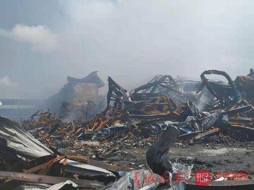 市民回忆昨晚火灾惊险时刻3.jpg