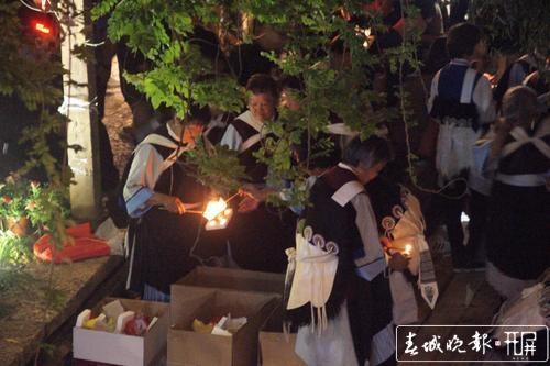 中元节30000盏河灯放逐丽江古城5.jpg