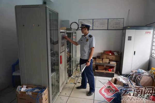 云南曝光3家消防安全问题突出单位1.jpg