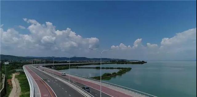环湖东路成婚纱照热门取景地1.jpg