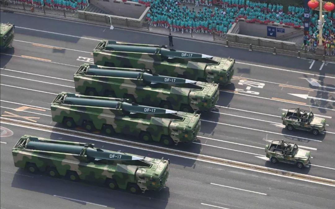 国庆阅兵新装备