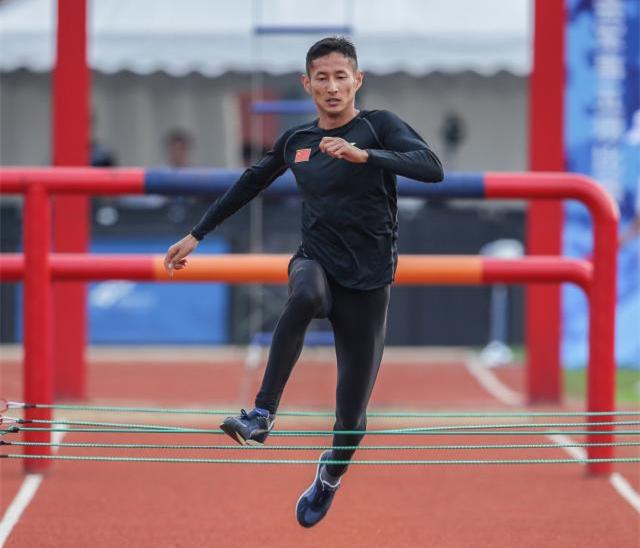 了不起!普洱小伙潘玉程军运会障碍跑再破世界纪录