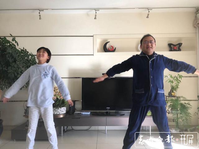耀龙康城小区8栋3单元发布解除封闭公告.jpg