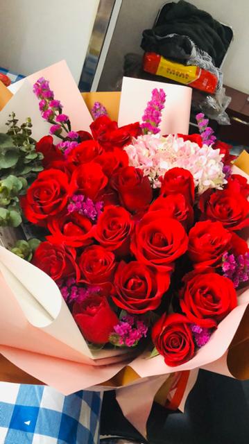 【援鄂日记】今天是充满爱的日子,通山战友送来了云南鲜花2.png