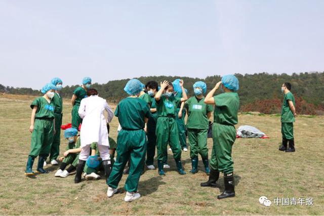 武汉全部方舱医院休仓了7.jpg