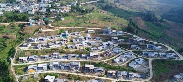 云南又有31个贫困县(市、区)拟退出贫困县序列31.jpg