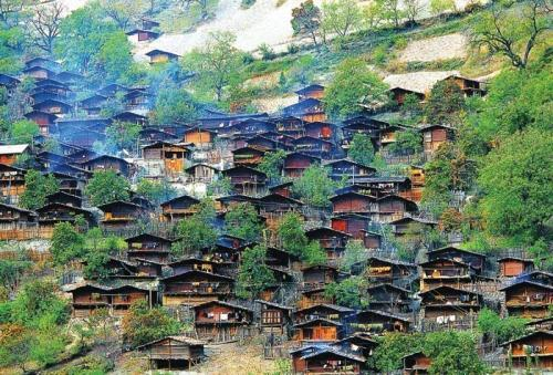 努力走出一条独具云南特色的传统村落保护发展道路