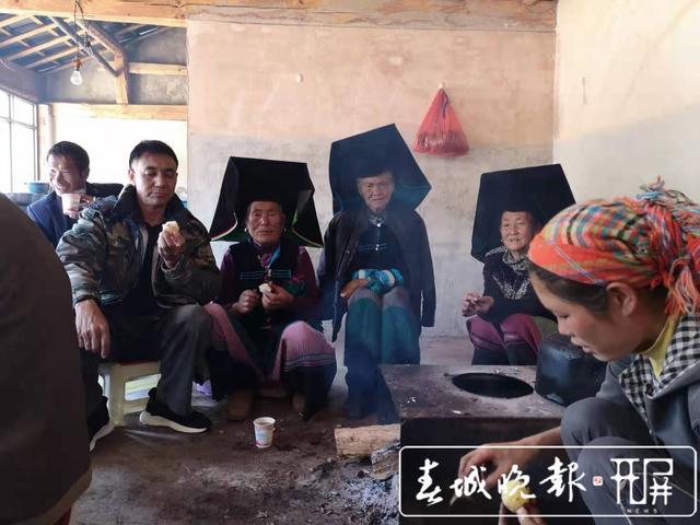 志愿者张仕钧 :做一天好事不难,难的是坚持32年做好事 (3).jpg