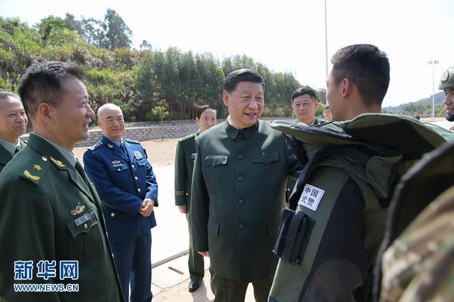 习近平在视察武警第二机动总队时强调:全面加强练兵备战 全面提高履行使命任务能力