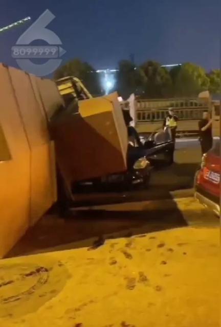 车祸(图据FM91.8云南交通之声、8099999)