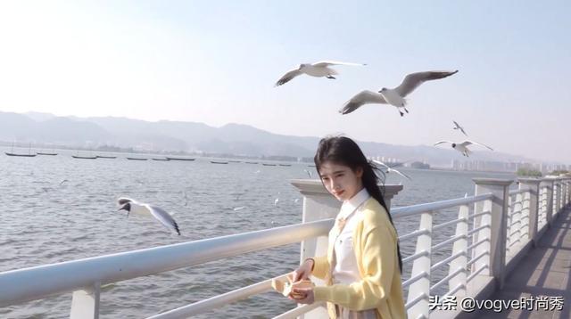 鞠婧祎(图据@vogve时尚秀)