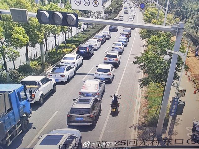 主城区圆通街、环湖东路车流量大