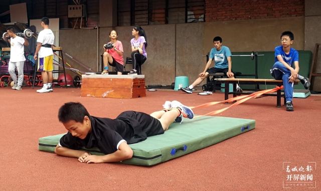 中考体育11.jpg
